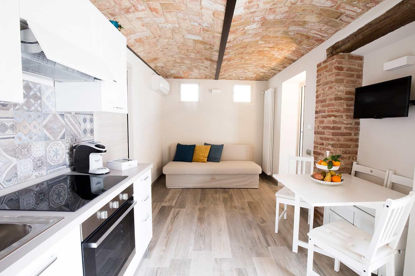 Appartamento tartufo roero suite - Piatto doccia raso pavimento ...